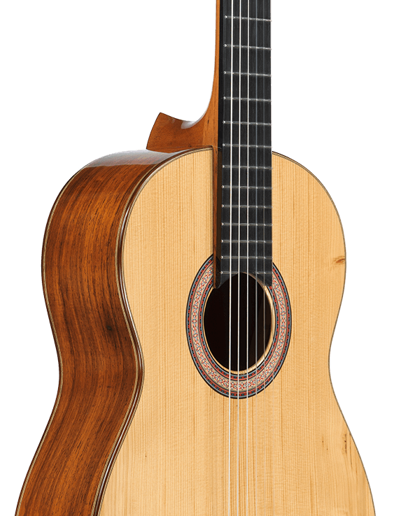 Concertura Dolezza, a bespoke classical guitar built by Scharpach